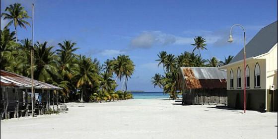 ¿Cómo se vive en la isla más remota del mundo?