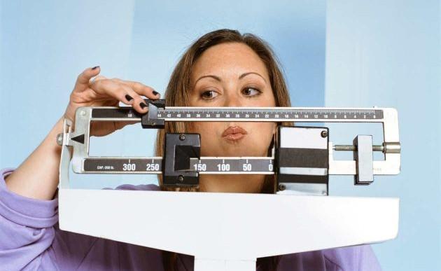 No evitar desayuno, comida o cena para bajar de peso