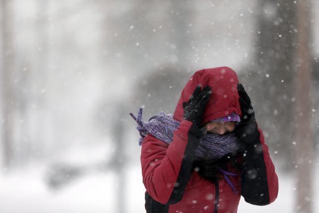 Frío ártico congela a EUA y Canadá