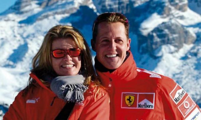 Esposa de Schumacher pide respeto a los medios de comunicación