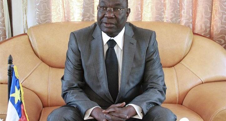 Renuncia presidente interino de la República Centroafricana