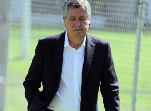 Jorge Vergara estuvo en práctica de Chivas