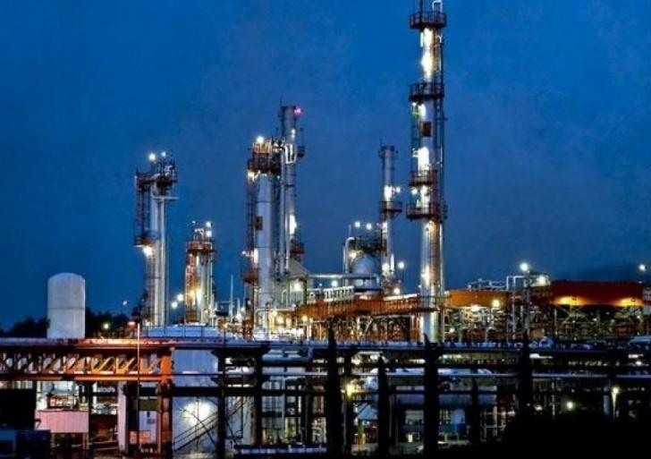 Iniciará Pemex este mes exportación de crudo Olmeca a Europa