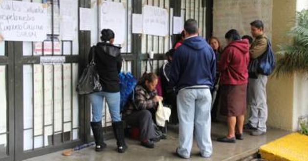 Empleados toman Rectoría de Universidad Michoacana