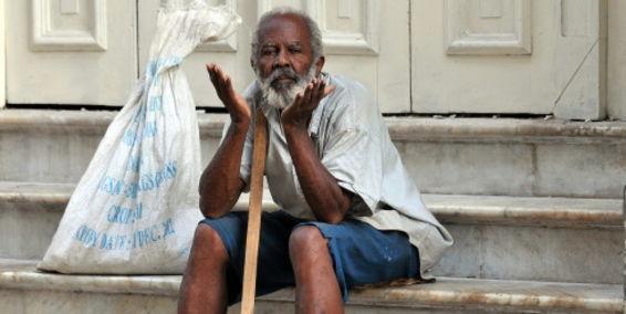 Cuba reconoce que tiene un problema con sus ancianos