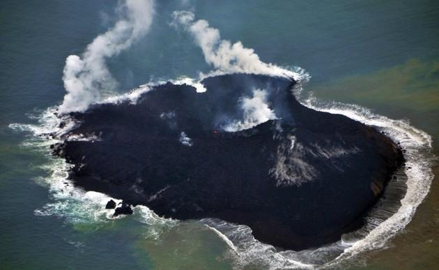 Nueva isla crece 30 veces su tamaño en 3 meses