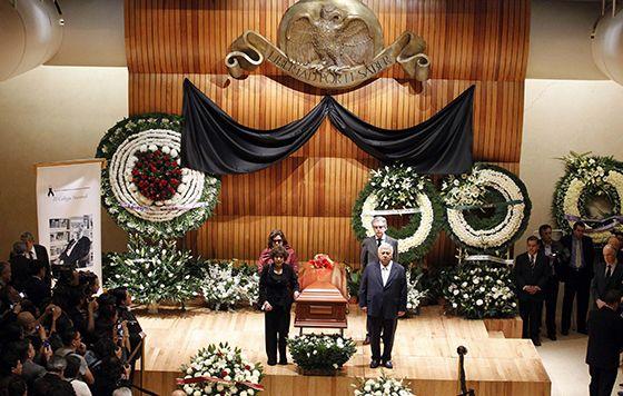 Recibe José Emilio Pacheco homenaje en El Colegio Nacional