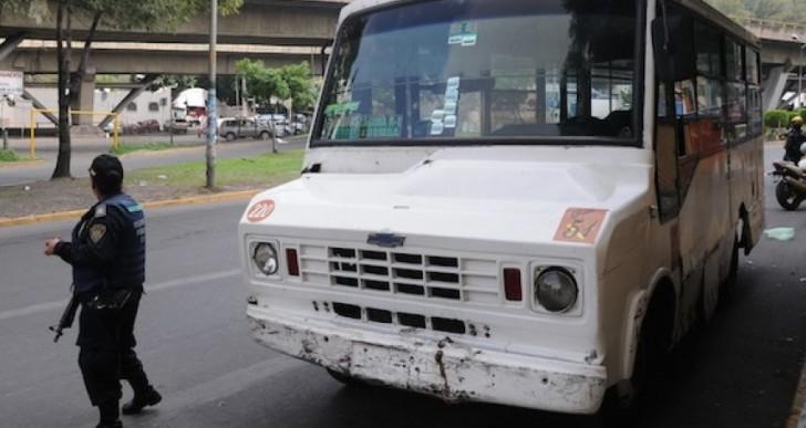 Sigue con vida una de las personas atropelladas en Xochimilco