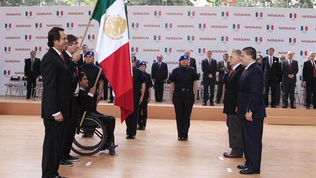 Abanderan a mexicanos para Juegos Olímpicos