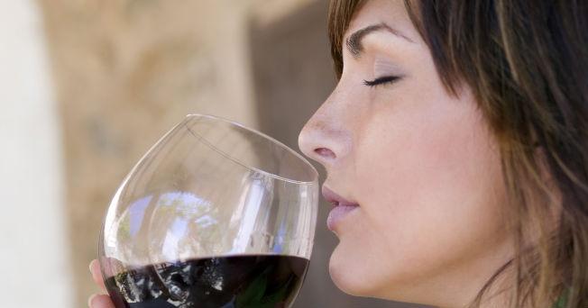 Beber alcohol produce celulitis