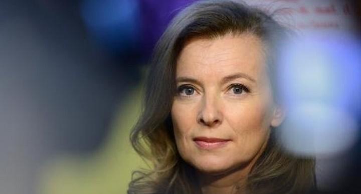 Se queda Francia sin primera dama