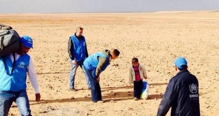 La verdad sobre el niño sirio que cruzaba solo el desierto