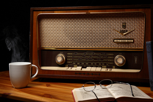 Ni video ni internet lograron matar a la radio