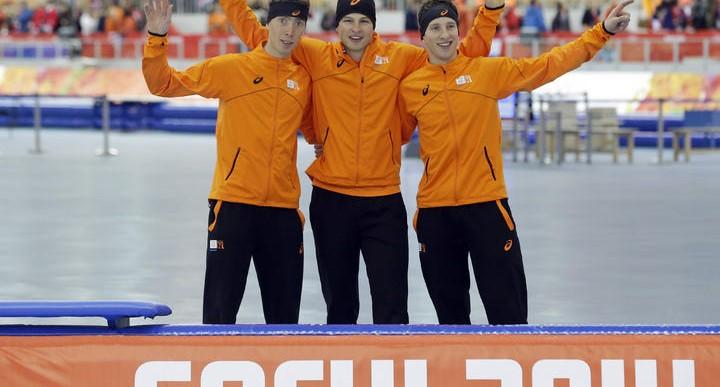 Holanda toma los primeros tres lugares en patinaje de velocidad