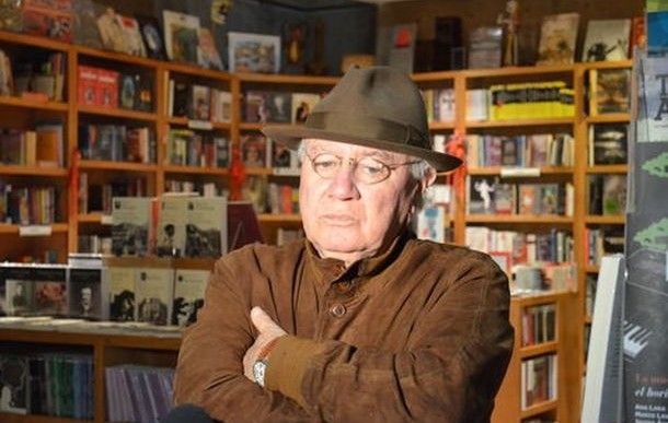 El escritor Federico Campbell registra leve mejoría