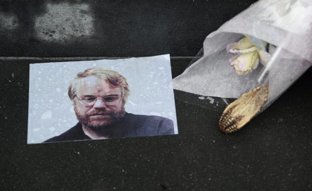 Estrellas de Hollywood despiden a Seymour Hoffman en Nueva York