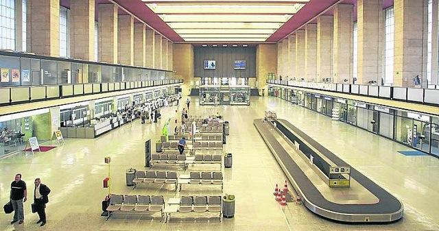 Berlín transformará histórico aeropuerto en biblioteca