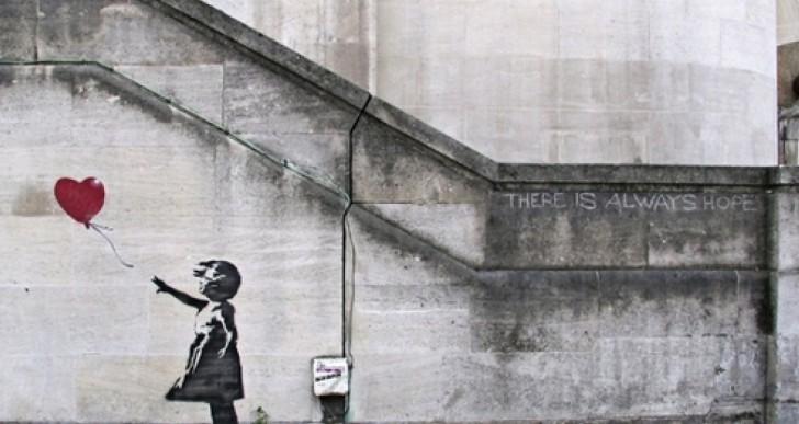 """Subastarán """"Niña con el globo"""" de Banksy"""