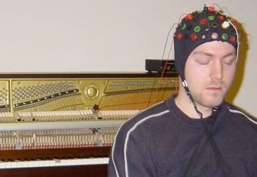 Cómo componer música con ondas cerebrales