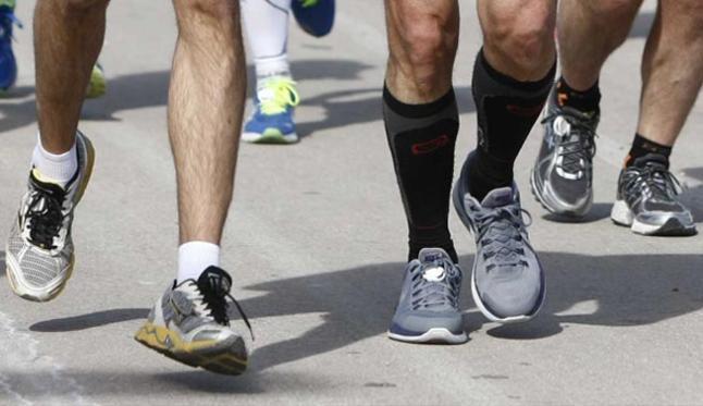 ¿Realmente los zapatos para correr previenen lesiones?