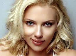 Scarlett Johansson, en aprietos políticos