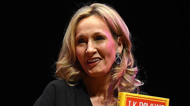 J. K. Rowling publicará novela con el pseudonimo de Robert Galbraith