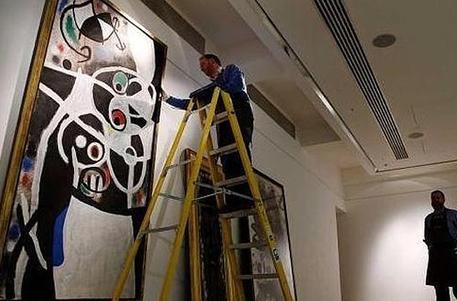 Suspenden subasta de 48 cuadros de Joan Miró