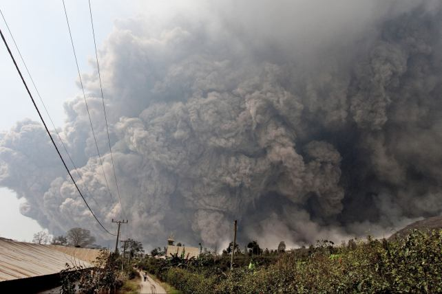 Erupción volcánica mortal en Indonesia