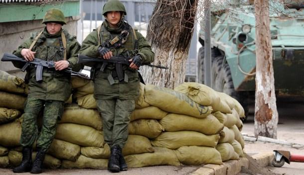 Tensión entre ejércitos en Crimea