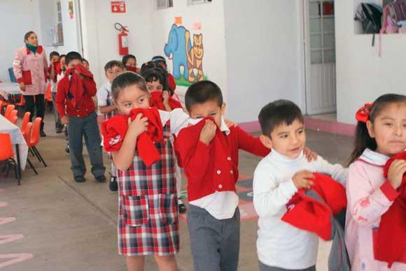 Niños de preescolar reciben talleres sobre autoprotección