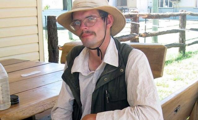 Turista sobrevivió dos semanas en un desierto comiendo moscas
