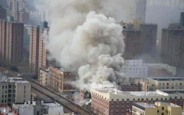 Explosión y colapso de edificio en NY