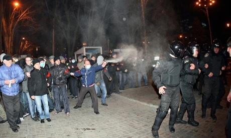 Rusia emite advertencia tras muerte de protestante