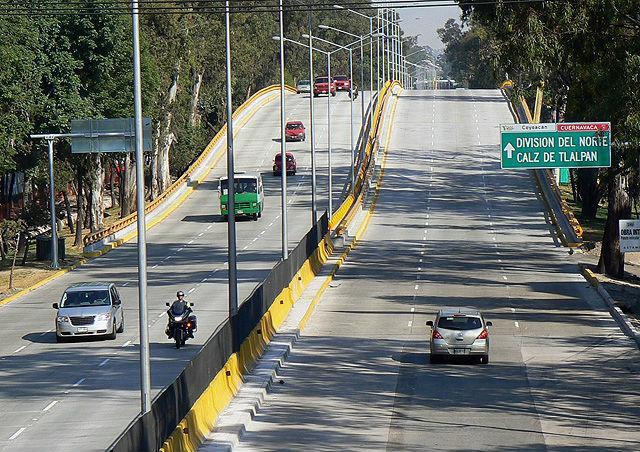 Alistan cierre de tres carriles de Circuito Interior