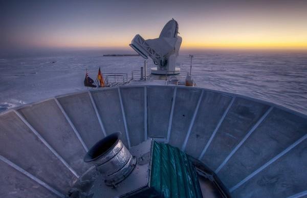 Descubren evidencias que respaldan la teoría del Big Bang
