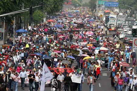 Manifestaciones generan problemas viales en el DF