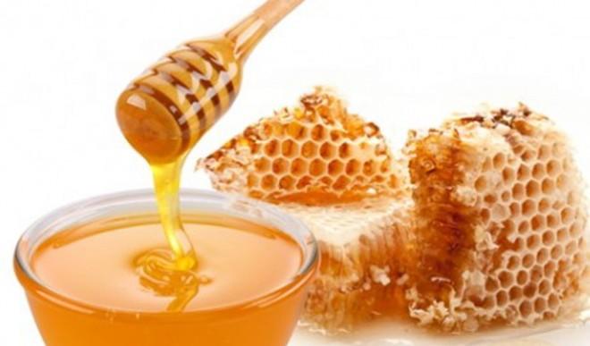 La miel de abeja podría ser más efectiva que los antibióticos