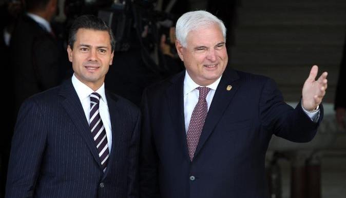 Presidente de Panamá llega a México