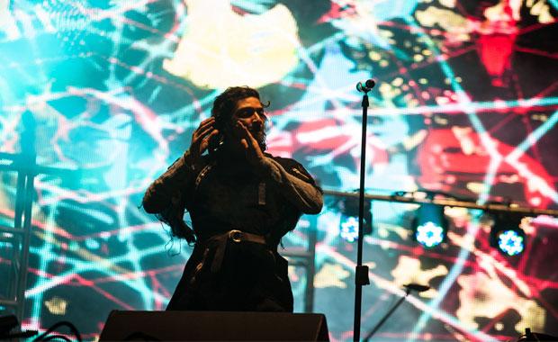 Zoé transporta al Vive Latino a una vía láctea de emociones