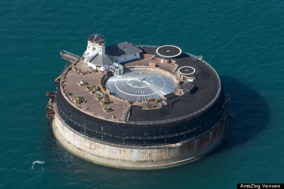 Una fortaleza en el mar lo convirtieron en hotel