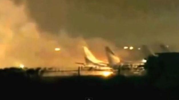 Ataque en aeropuerto en Pakistán deja al menos 23 muertos