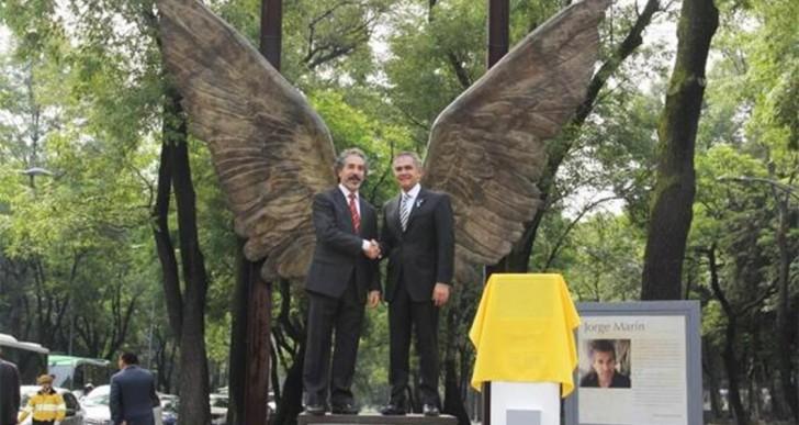 Donan la escultura 'Alas de México' a la ciudad