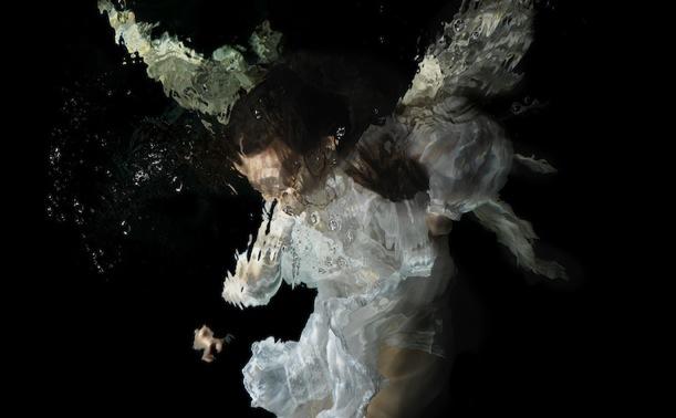 El arte de ahogarse con Alexander James