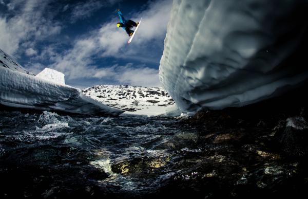Impresionantes fotos de acción con increíbles paisajes