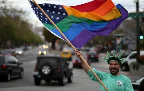 Obama prohibirá discriminación a empleados homosexuales