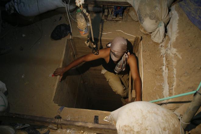 Mira como usan los túneles en Gaza en primera persona