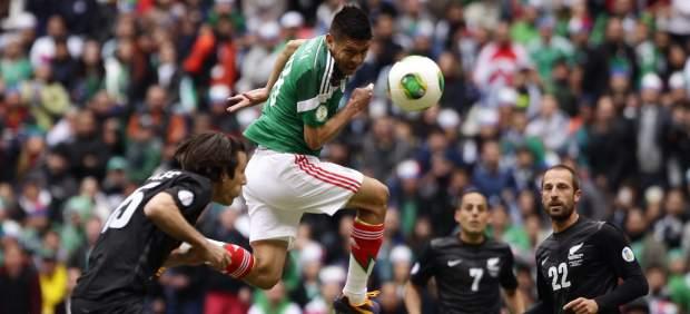 México propone partido amistoso con Colombia