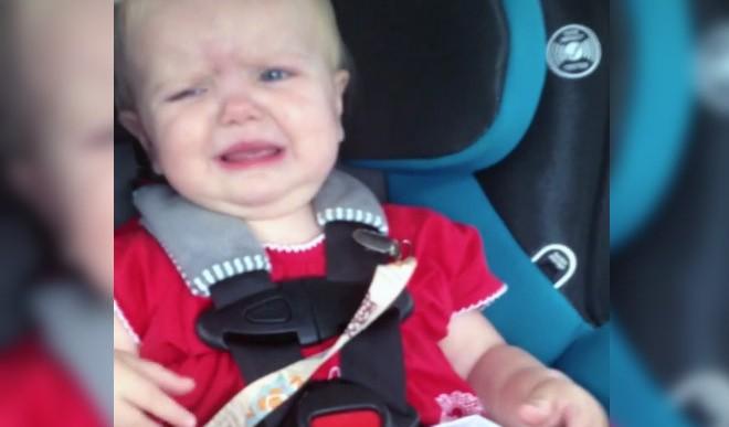 Así es como Katy Perry hace que una bebé deje de llorar