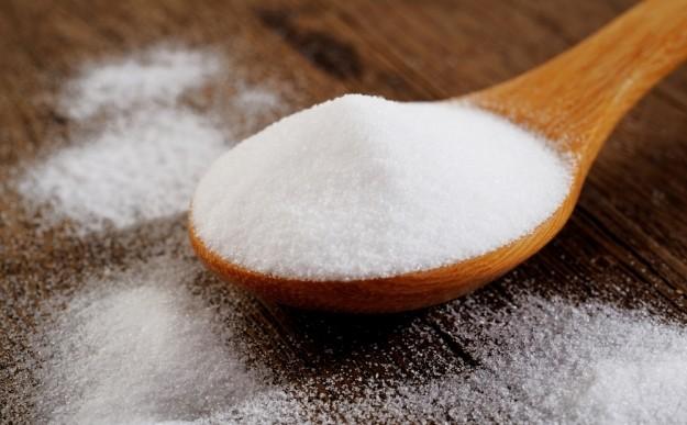 Unos cuantos usos de belleza para el bicarbonato de sodio