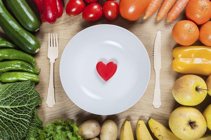 Mantén tu corazón sano con estos 10 alimentos